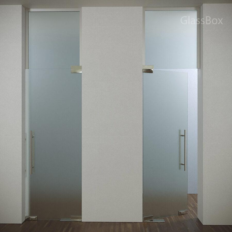 Маятниковая дверь с доводчиком