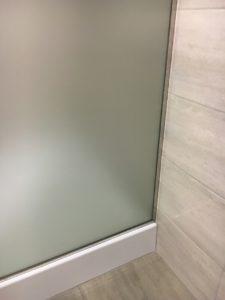 Крепление стекла в профиль